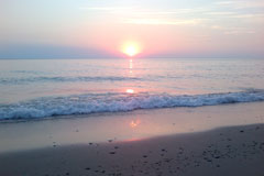 Sandy beaches and fabulous sunsets - Sunset Cottage Park - Port Elgin, Ontario